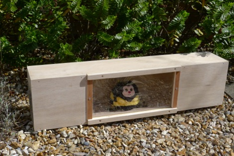 how to build a feeding station for woodchucks